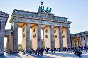 לא משעמם בברלין: הכירו את מגזין שפיץ העברי