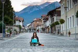 עבודה מכל מקום בעולם: המקצועות של הנוודים הדיגיטליים